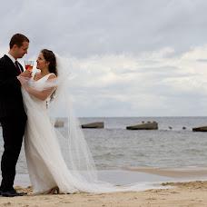 Wedding photographer Anna Verzhbickaya (annawierzbicka). Photo of 06.10.2013
