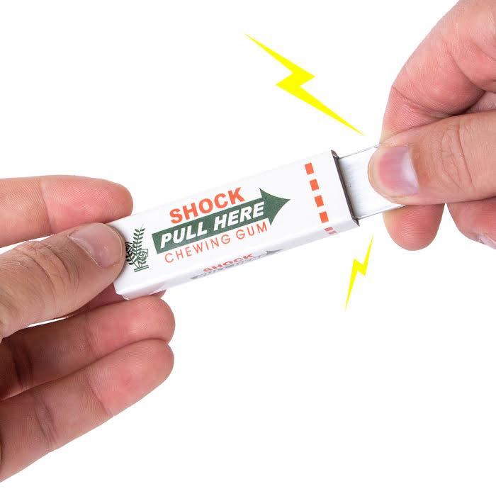 Tuggummi med elstötar och blixtar
