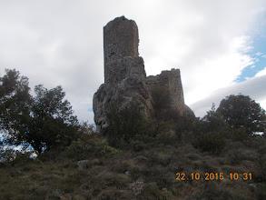 Photo: Castel Sabarda-la Tour depuis le sentier de montée