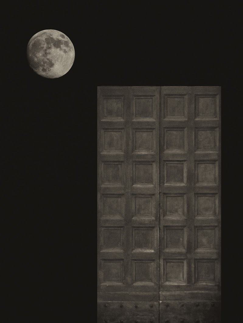 Porta alla luna di Pasquale Agosti - pasquale.agosti@gmail.com