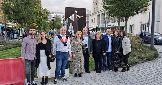 El Retrovisor: Caso Almería, escultura en Santander para reparar el largo olvido