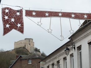 Photo: Christmas decorations and castle ruins