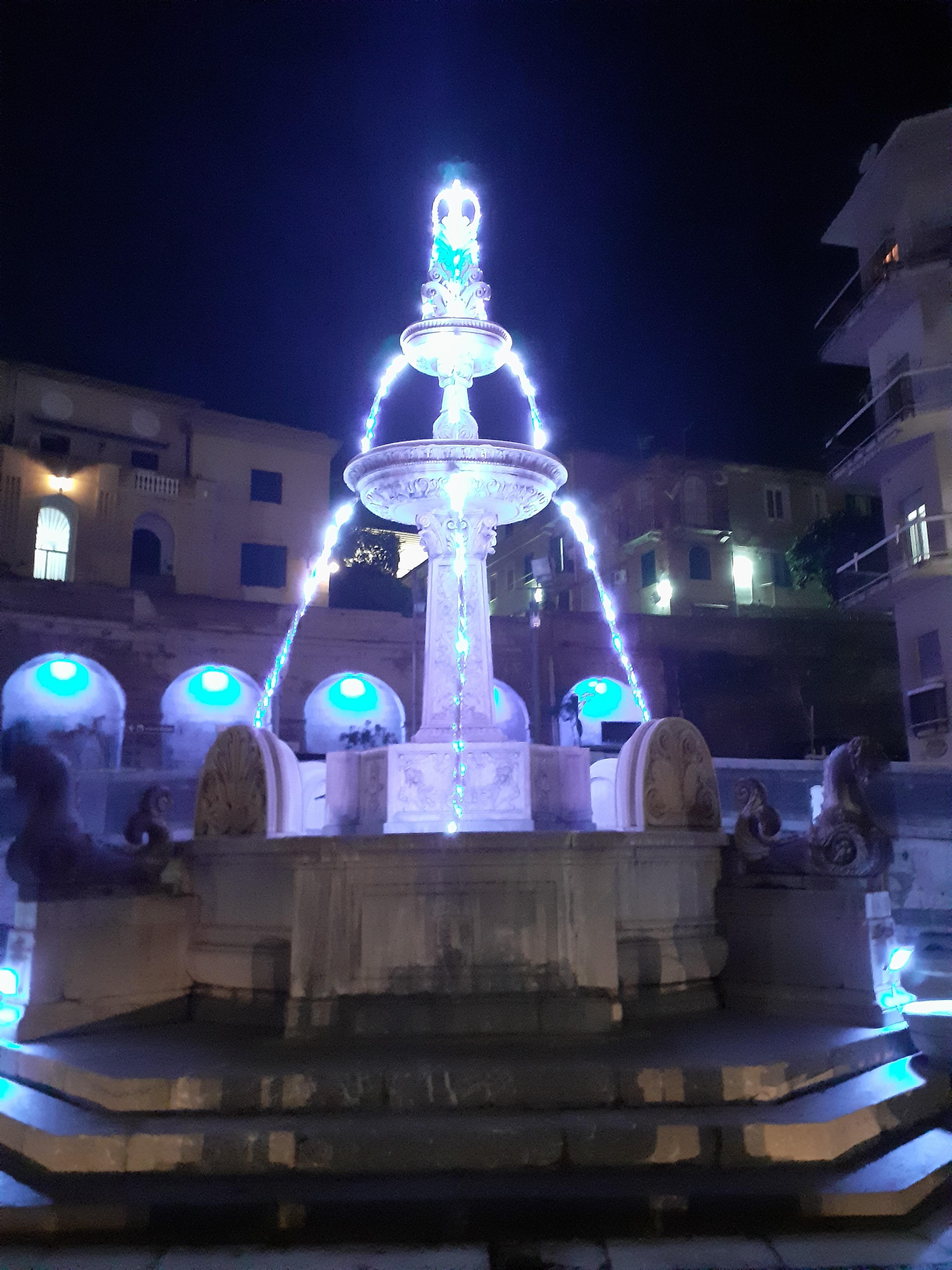 Fontana Natalizia di Antonio De Felice