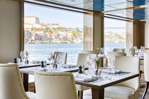 Meals in the Restaurant aboard S.S. Sao Gabriel offer Portuguese, North American and international dishes.
