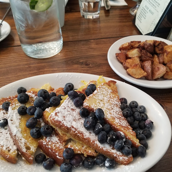 Gluten free french toast and roasted (not in a fryer) red potatoes