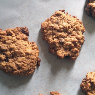 Loaded Flourless Oatmeal Peanut Butter Cookies