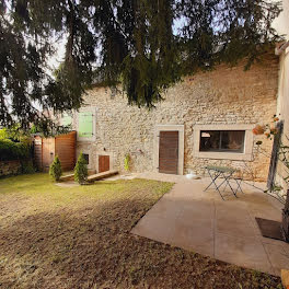 maison à La Tour-du-Meix (39)