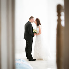 Wedding photographer Yuliya Antonovskaya (juliaantonovskay). Photo of 01.07.2017