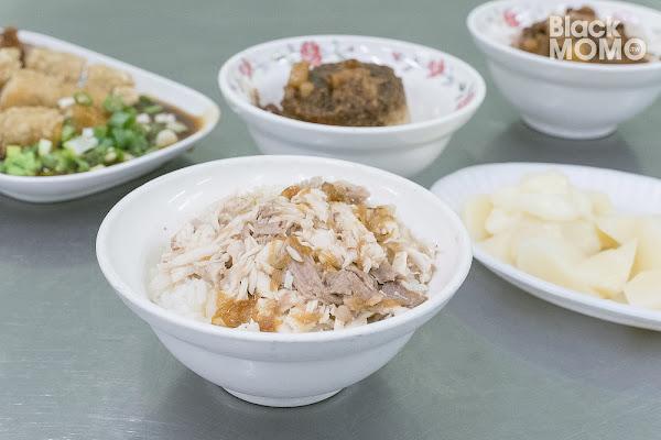 嘉義文化路夜市|阿霞火雞肉飯・雞肉飯晚餐宵夜場