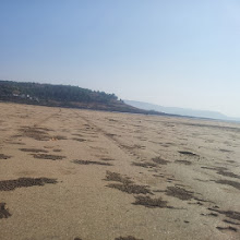"""Photo: Photo captioned """"Hard sand beach at Murud. Not #MumbaiLocal. #Twitter"""" uploaded to Facebook on December 16, 2013 at 12:33AM"""