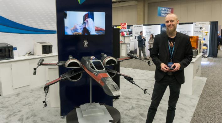 Stefan's latest case mod, Poe Dameron's X-Wing with BB-8