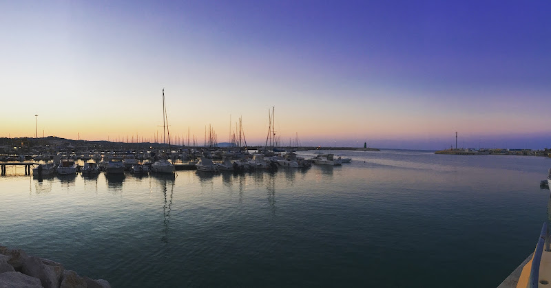 Tramonto su barche  di __francesca_