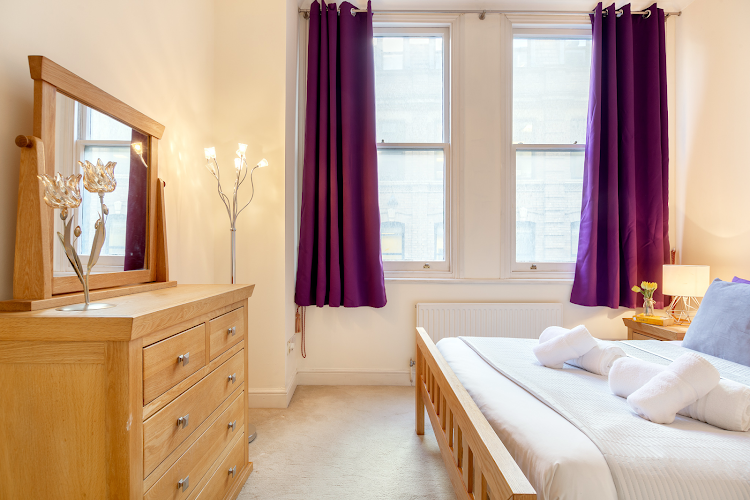 Bedroom at Creechurch Lane Apartments, Aldgate