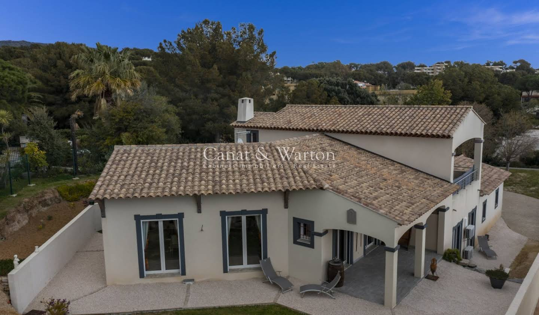 Villa with terrace Bormes-les-Mimosas