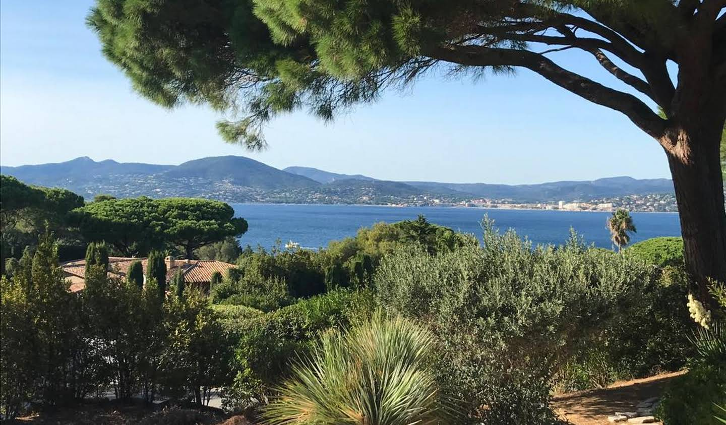 Property with pool and garden Saint-Tropez