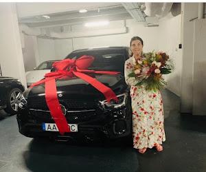 Geschenkidee voor moederdag nodig? Cristiano Ronaldo doet een peperdure Mercedes cadeau