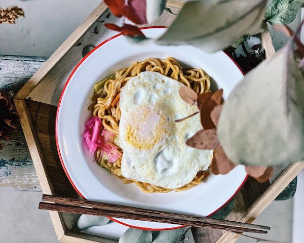 長板凳工作室|早餐店也有日式炒麵!|台北中山區・行天宮捷運站