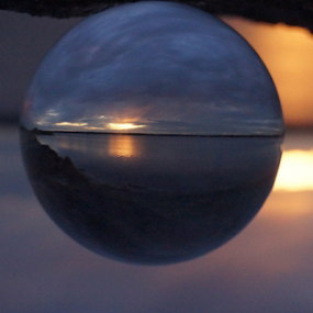 spherical sunset by Shawn Chapman - Artistic Objects Glass