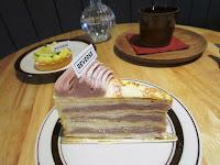 Reverse cake&coffee