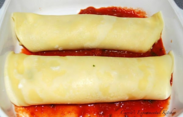 Line the bottom of a greased pan with your favorite sauce.  If using...