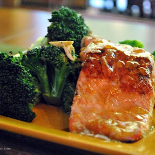 Spicy Asian Salmon and Broccoli Florets