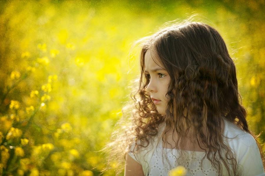 Gaze by Michiyo Clark - Babies & Children Child Portraits ( wild flower portraits, dallas children photographer, dallas texas photographer, highland village photographer )