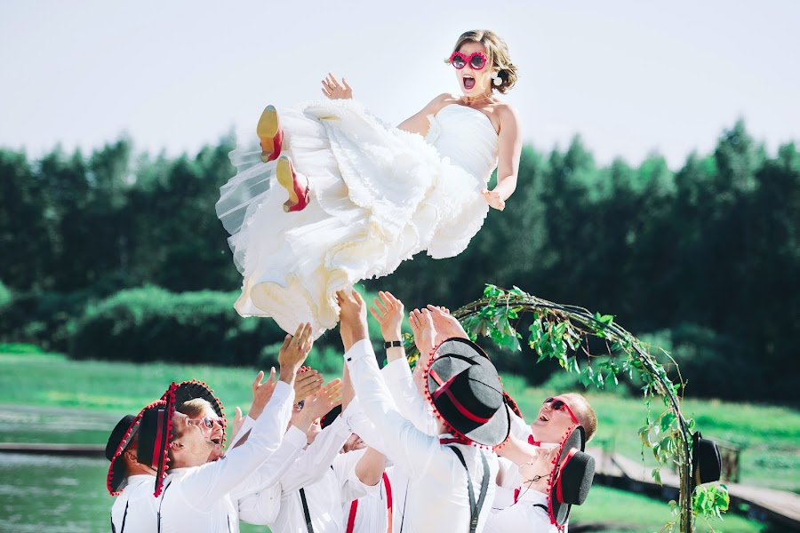 Wedding photographer Artem Kondratenkov (kondratenkovart). Photo of 05.10.2015