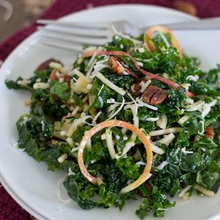 Spiralized Apple, Kale, and Cheddar Salad {with Spiced Pecans, and Apple Cider Vinaigrette}.