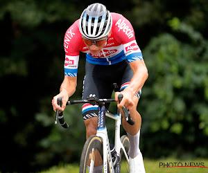 """Bakelants vindt Van der Poel grotere favoriet voor de Ronde dan Van Aert: """"Wout zal in orde zijn, maar..."""""""