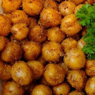Simple Roasted Chickpea Snack.