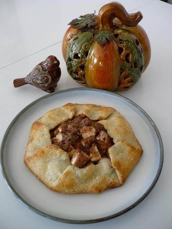 Apple Streusel Crostada