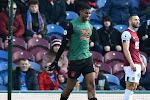 Wesley scoort in overwinning Aston Villa, maar moest ook geblesseerd naar de kant