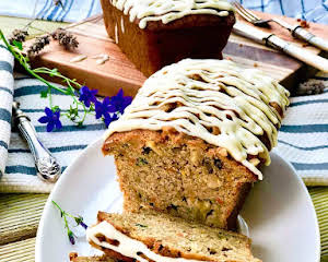 Apple, carrot and zucchini cake with ginger