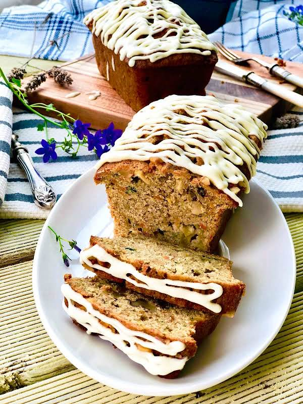 Apple, Carrot And Zucchini Cake With Ginger Recipe
