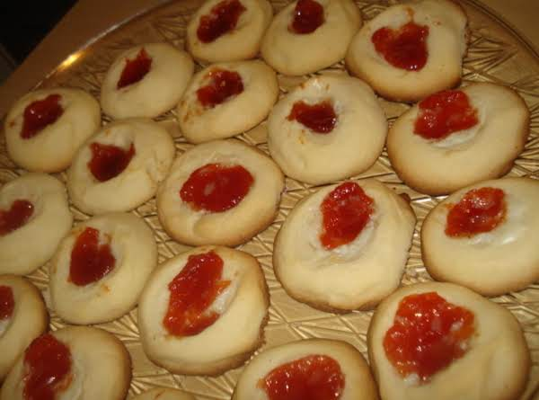 Thimble Cookies With Guava Jam