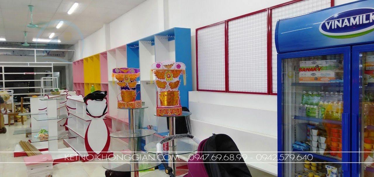 thi công nội thất cửa hàng mẹ và bé