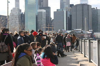 Photo: The line for the New York Water Taxi at the Brooklyn Bridge Park.