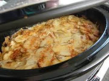 Crockpot Scalloped Potatoes & Ham