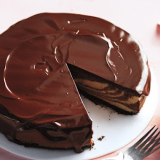 Chocolate-Peanut Butter Cheesecake with Chocolate Glaze