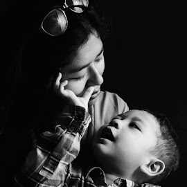 The Eternal Love by Primusa Ananta - Black & White Portraits & People ( love, kid, baby, mom )