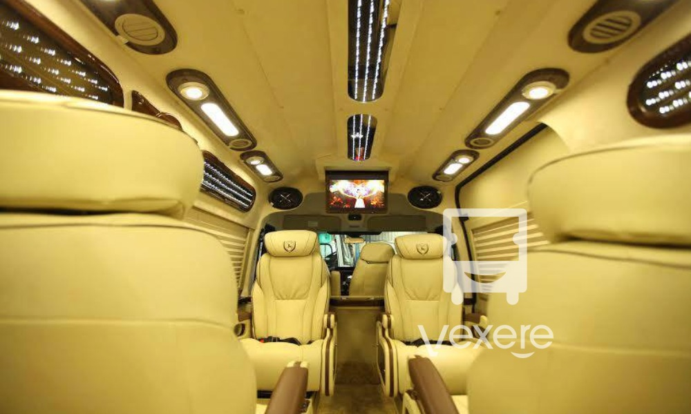 Xe limousine đi Bảo Hà chất lượng cao