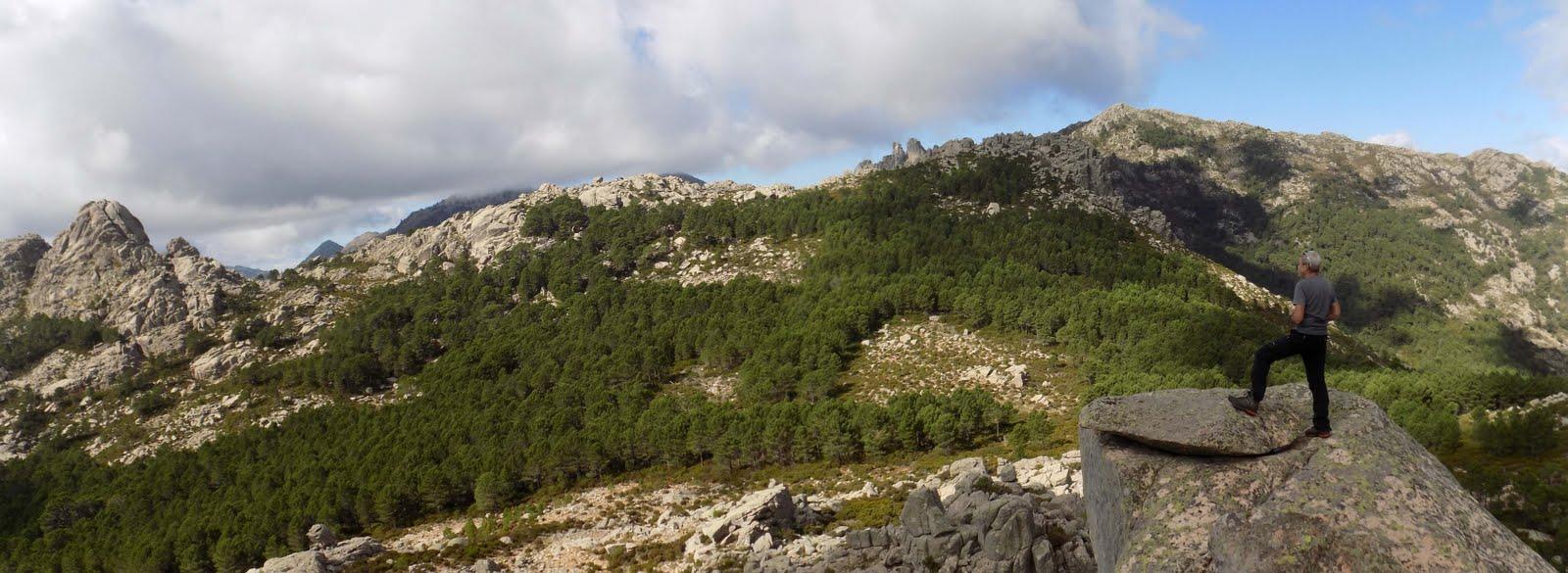Capellu et Cagne depuis le bras rocheux au sommet du Capellucciu (photo Olivier Hespel)