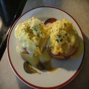 Easy Scrambled Eggs Benedict For Two Recipe