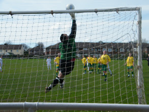 Photo: 02/04/11 v Heather St Johns (Midland Combination League Prem Div) 2-0 - contributed by Mark Farnell