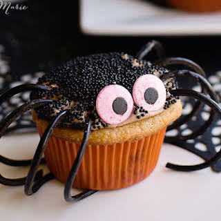 Chocolate and Caramel Spider Cupcakes.