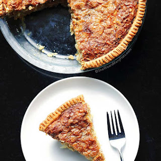 Almond Oatmeal Cheesecake Pie