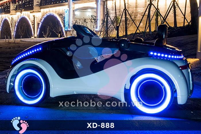 Xe hơi điện trẻ em XD-888 11