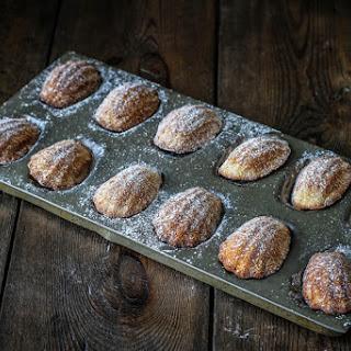 On Your Plate – Honey & Cinnamon Madeleine