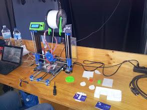 Photo: Muchas de las impresoras expuestas están basadas en el modelo Prusa