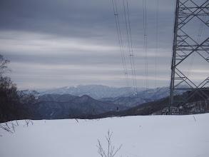 鉄塔から銀杏峰・部子山など
